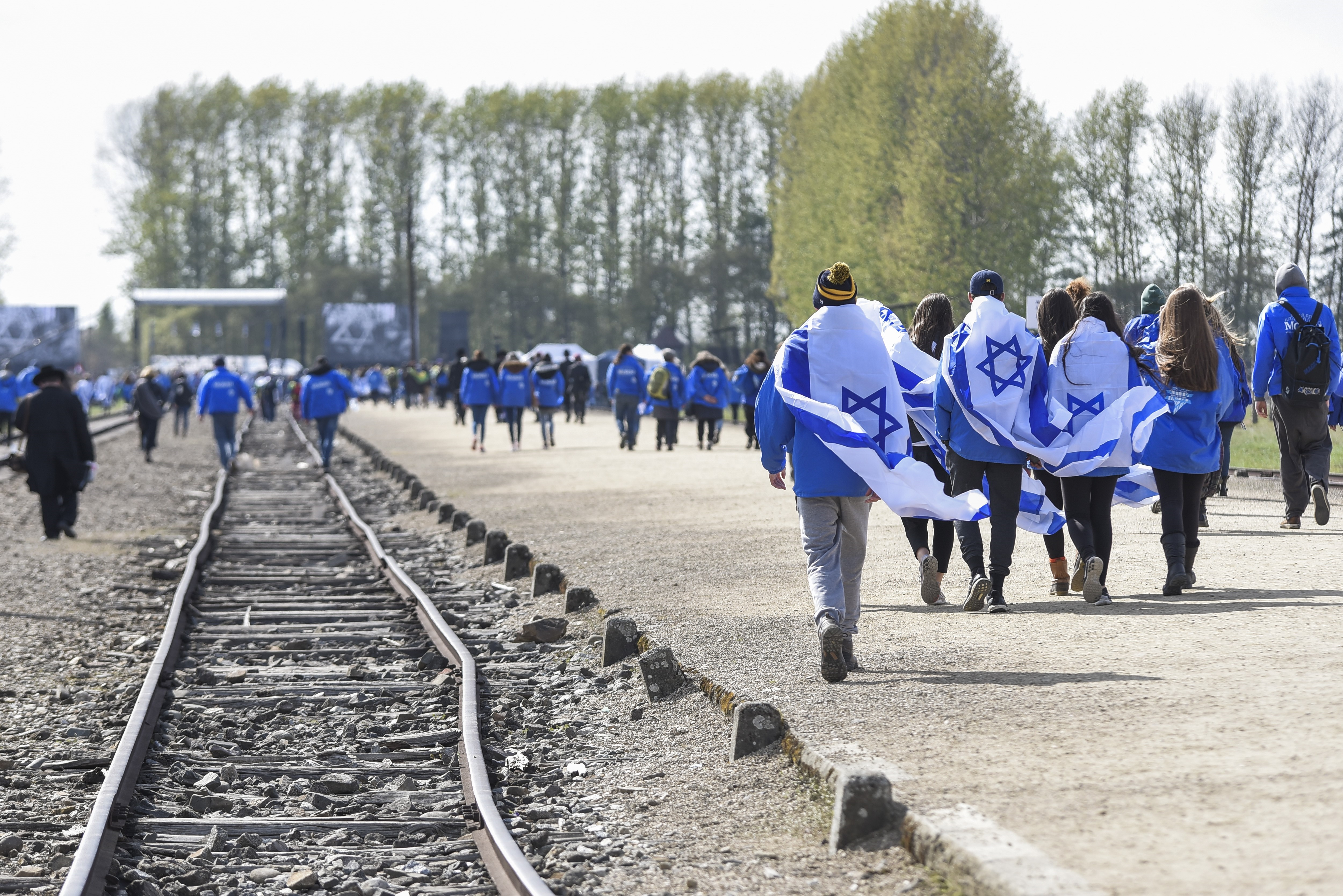 Will Israels clash with Poland affect Holocaust